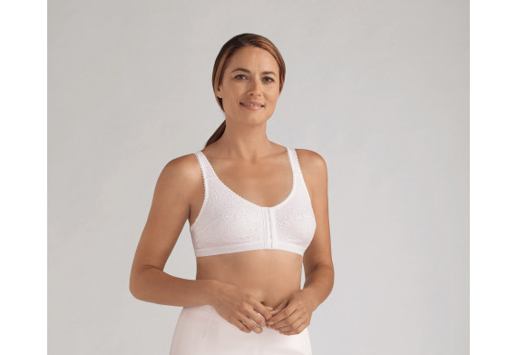 Amoena Sandra Post-Surgery Front Fastening Bra